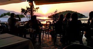 bar restaurante terraza mar